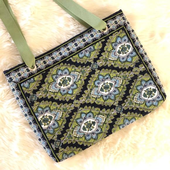Vera Bradley Handbags - Vera Bradley Small Tote